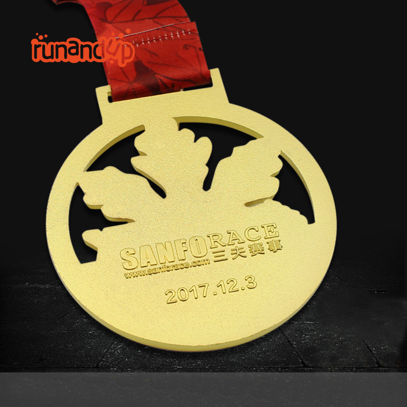 RU81116 High Quality Cut out Enamel Metal Running Medal with Transfer Printed Lanyard