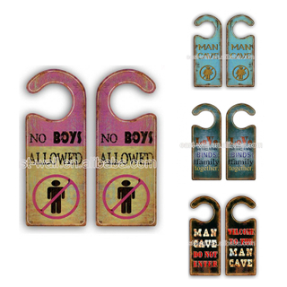 2019 Hot Selling Custom Design Art Work Craft Decorative Do Not Disturb Hotel Door Hangers