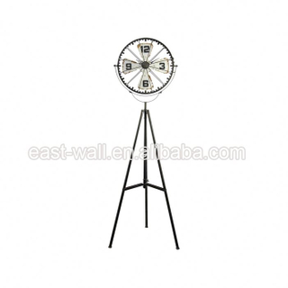 Hot Sell Promotional Customizable Vintage Style Antique Station Double Sided Table Clock