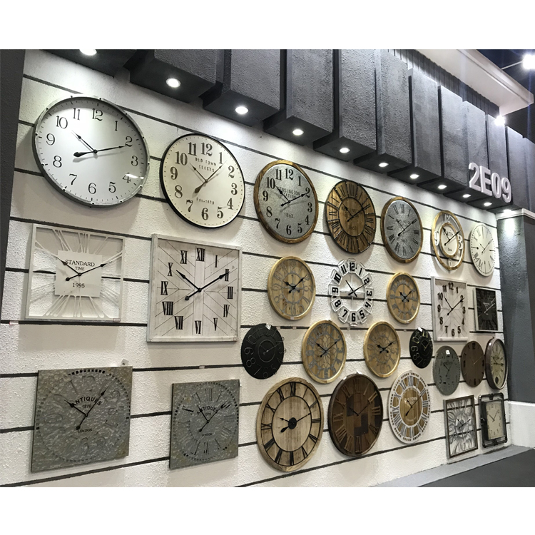 Hight Quality Art Simple Custom Wood Retro Digital Table Decorative Wall Clock